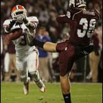 Gators tame Bulldogs despite Tebow's miscues