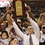 Florida Gators' Billy Donovan honored with John R. Wooden Legends of Coaching Award