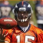 Tebow participates in first OTA, reporters flock