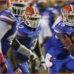 Gators hogtie Razorbacks 30-10 in Gainesville