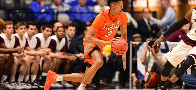 Florida Gators F Devin Robinson sidelined by foot surgery