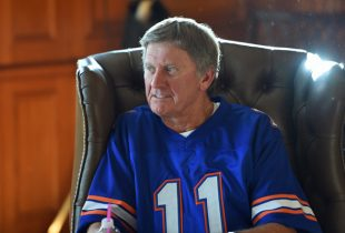 Steve Spurrier to serve as honorary Mr. Two-Bits ahead of Florida's 2016 opener