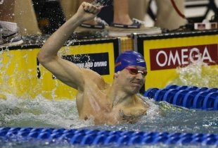 WATCH: Florida's Caeleb Dressel swims fastest 50-yard freestyle … in history