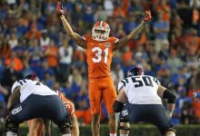 From the field to Twitter: Florida's Jalen Tabor, C'yontai Lewis get into it again
