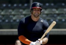 Baseball dreams realized: Tim Tebow signs with New York Mets