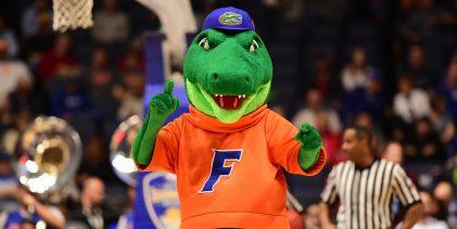 Florida basketball fills out coaching staff with Akeem Miskdeen