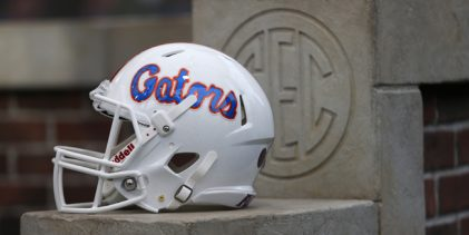 Florida Gators to face familiar Big Ten foe Iowa in the 2017 Outback Bowl