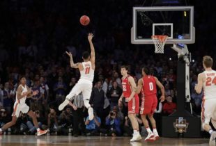 LISTEN: Mick Hubert goes ballistic as Chris Chiozza sends Florida to Elite Eight