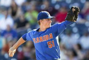 Florida beats LSU 4-3, wins first College World Series Championship Series game