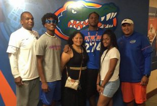 2019 DE Cameron Williams commits to the Gators