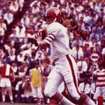 Former Gators All-American QB John Reaves dies at 67