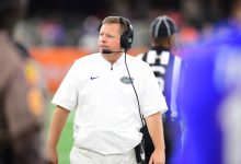 Florida Gators fire coach Jim McElwain in third season after 3-4 start