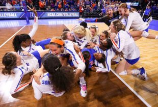 Gritty win sends No. 2 Florida volleyball to first national title game since 2003