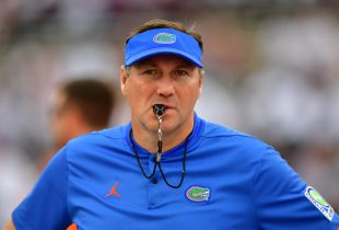 Report: Florida Gators considering NFL assistant as new defensive line coach