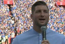 WATCH: Tim Tebow gives post-game speech to Florida after being inducted into Ring of Honor