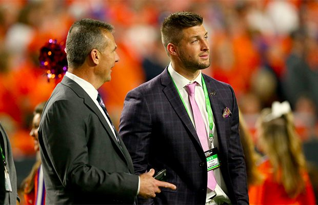 Tim Tebow set to sign with Jaguars, make return to NFL alongside coach Urban Meyer, per reports