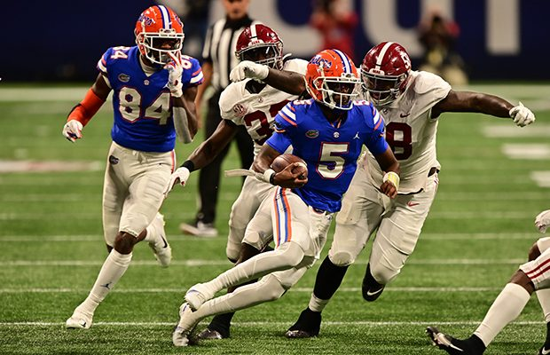 Florida QB Emory Jones steps into the pressure cooker after patiently waiting for a field to explode on